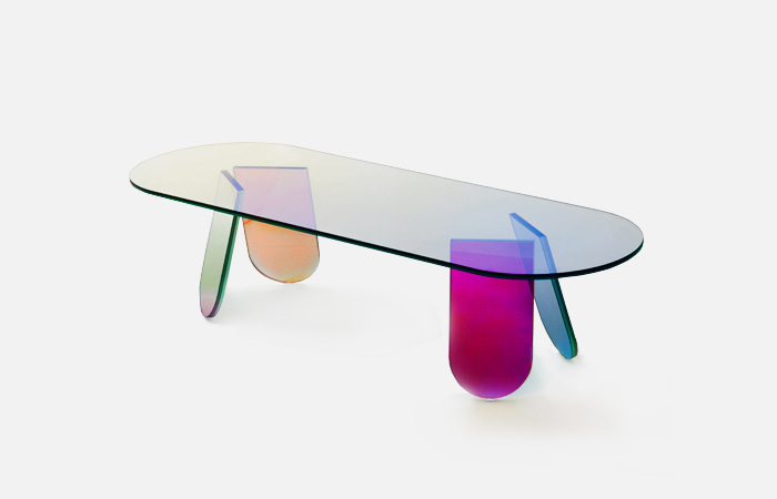 Shimmer Oval table